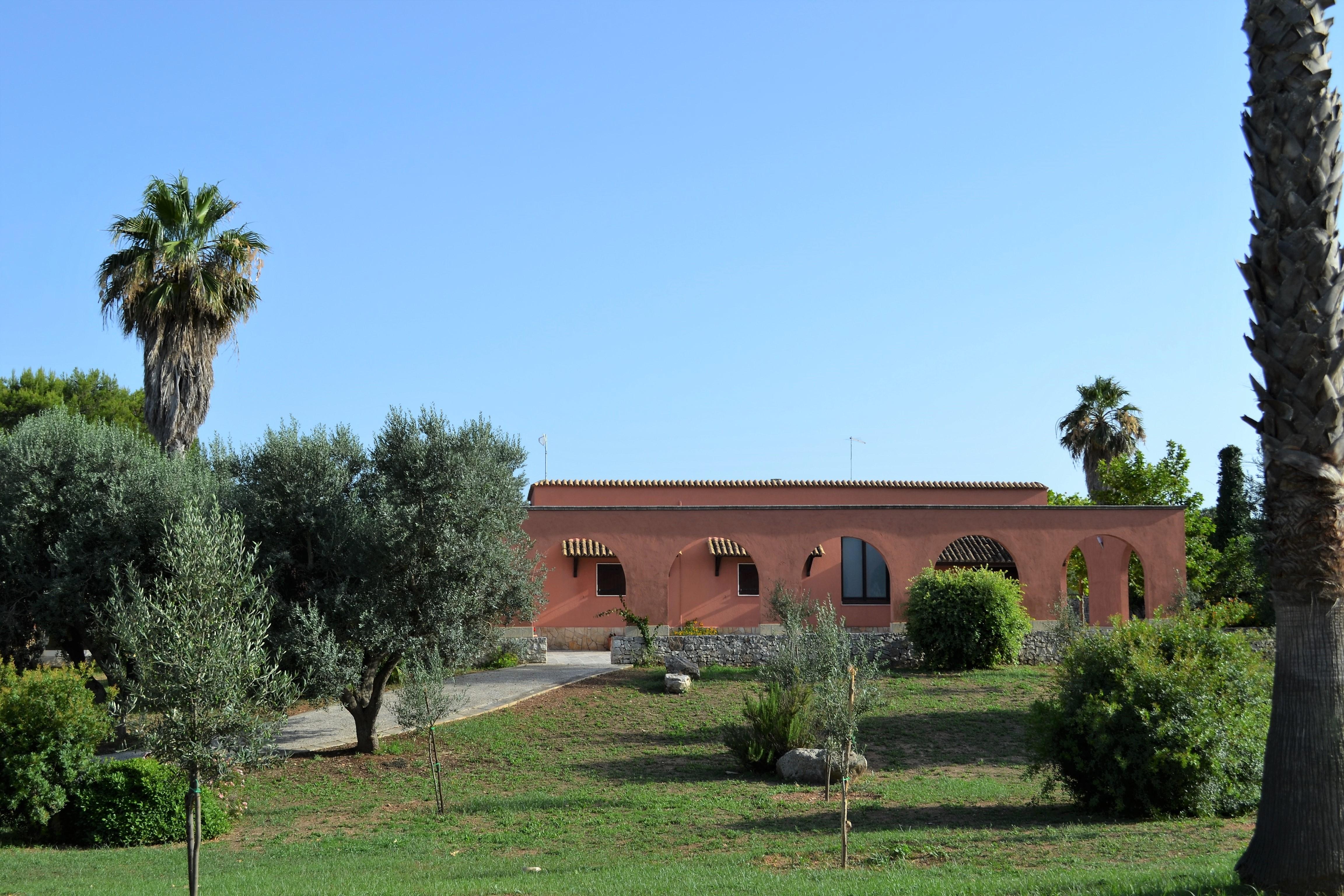 Impianti Fotovoltaici In Vendita Puglia villa in vendita a brindisi (brindisi) in puglia zona: campagna